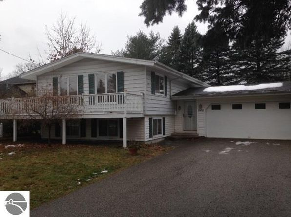 4 bed 2 bath Single Family at 545 Arbor St Harbor Springs, MI, 49740 is for sale at 250k - 1 of 10