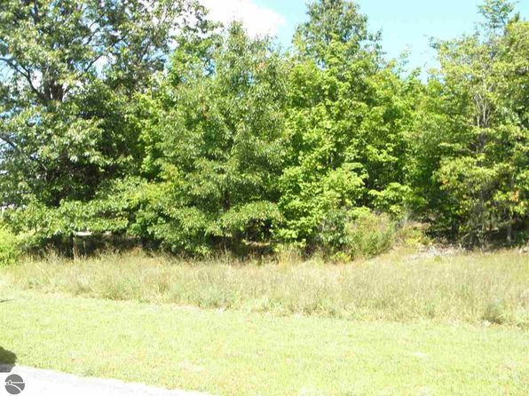 null bed null bath Vacant Land at 207 Farm Ln Traverse City, MI, 49696 is for sale at 38k - 1 of 8