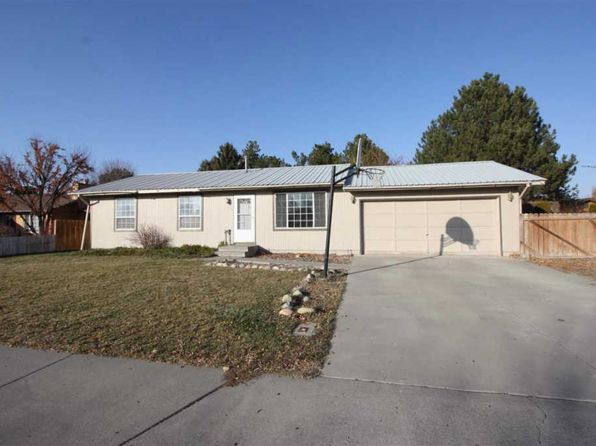 3 bed 1 bath Single Family at 670 Ridgeway Dr Twin Falls, ID, 83301 is for sale at 142k - 1 of 17