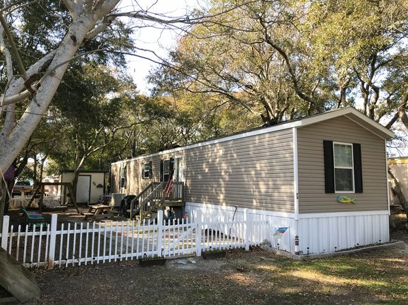3 bed 2 bath Mobile / Manufactured at 1444 Salter Path Rd Salter Path, NC, 28512 is for sale at 75k - 1 of 12