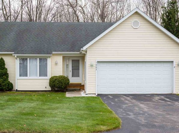 3 bed 2 bath Condo at 1007 Woods Ct Petoskey, MI, 49770 is for sale at 220k - 1 of 9