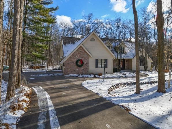 5 bed 3 bath Single Family at 598 Garrison Ct Delafield, WI, 53018 is for sale at 515k - 1 of 25