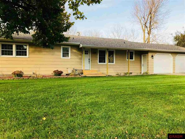 5 bed 2 bath Single Family at 344 W Minnesota St Le Center, MN, 56057 is for sale at 175k - 1 of 14