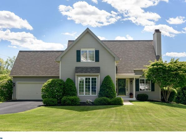 3 bed 4 bath Single Family at 636 Perimeter Dr Downingtown, PA, 19335 is for sale at 480k - 1 of 25