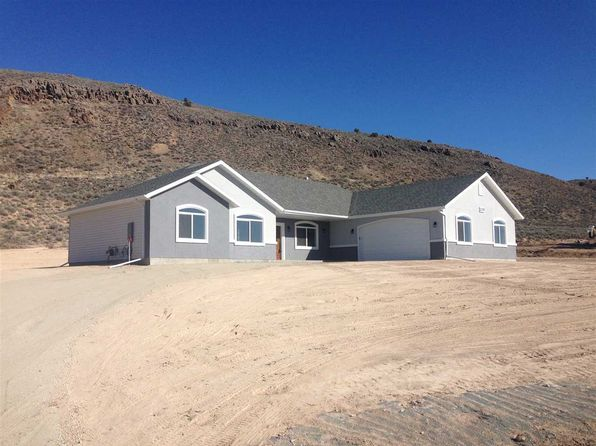 4 bed 2 bath Single Family at 274 Springfield Pkwy Spring Creek, NV, 89815 is for sale at 294k - 1 of 12