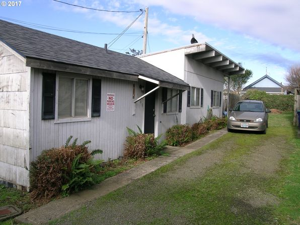 1 bed 1 bath Single Family at 1409 NW 14th St Lincoln City, OR, 97367 is for sale at 120k - 1 of 8