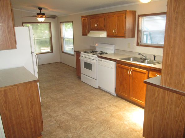 3 bed 2 bath Mobile / Manufactured at 23130 Fountain Dr Clinton Twp, MI, 48036 is for sale at 27k - 1 of 15