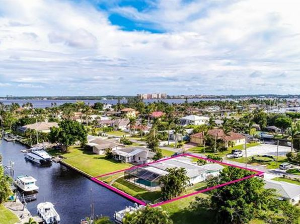 3 bed 2 bath Single Family at 1105 Lincoln Ct Cape Coral, FL, 33904 is for sale at 400k - 1 of 25