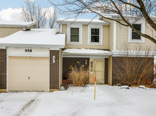 3 bed 2 bath Townhouse at 958 Foxwood Ct Schaumburg, IL, 60194 is for sale at 224k - 1 of 27