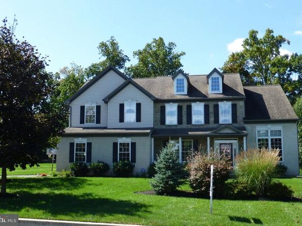4 bed 3 bath Single Family at 101 Blue Ribbon Way Downingtown, PA, 19335 is for sale at 535k - 1 of 25