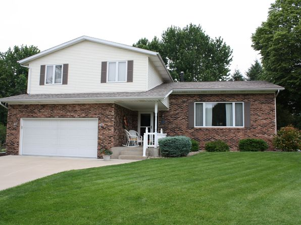 4 bed 3 bath Multi Family at 850 Oriole Ct Geneseo, IL, 61254 is for sale at 258k - 1 of 15