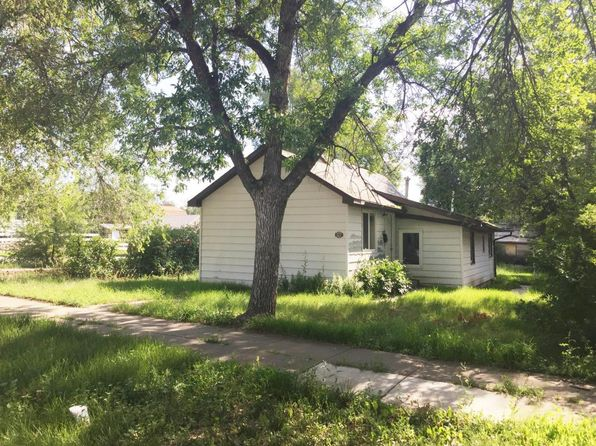 2 bed 3 bath Single Family at 522 7th Ave W Williston, ND, 58801 is for sale at 77k - 1 of 18