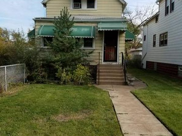 2 bed 2 bath Single Family at 10217 S Carpenter St Chicago, IL, 60643 is for sale at 35k - google static map