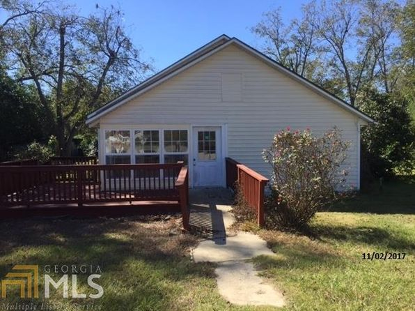 2 bed 1 bath Single Family at 912 5th Ave Twin City, GA, 30471 is for sale at 25k - 1 of 6