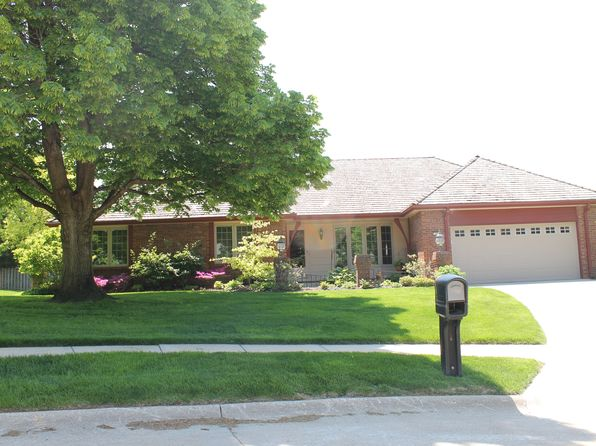 3 bed 2 bath Single Family at 1208 N 123rd Cir Omaha, NE, 68154 is for sale at 250k - 1 of 22