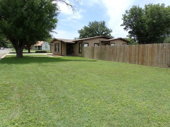 4 bed 1 bath Single Family at 111 DUNLAP AVE SABINAL, TX, 78881 is for sale at 120k - 1 of 23
