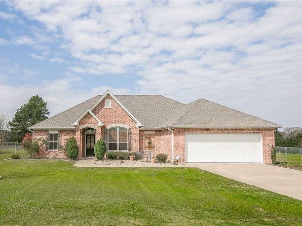 3 bed 2 bath Single Family at 157 Alexa Ln Diana, TX, 75640 is for sale at 240k - 1 of 25