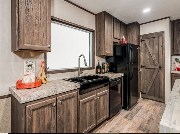 3 bed 2 bath Mobile / Manufactured at 1304 N Earl Rudder Fwy Bryan, TX, 77808 is for sale at 72k - 1 of 6