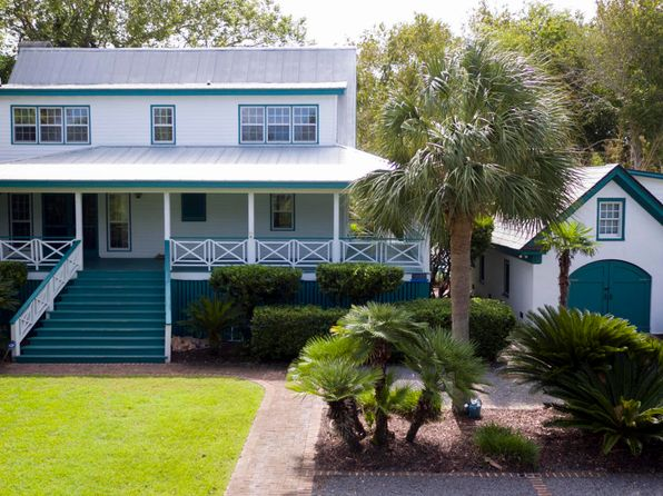 5 bed 4 bath Single Family at 1907 Back St Sullivans Island, SC, 29482 is for sale at 2.40m - 1 of 76