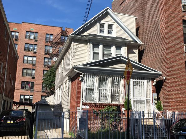 4 bed 5 bath Multi Family at 4065 Ithaca St Flushing, NY, 11373 is for sale at 1.60m - google static map