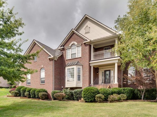 4 bed 4 bath Single Family at 1107 Pin Oak Ln Brentwood, TN, 37027 is for sale at 589k - 1 of 29