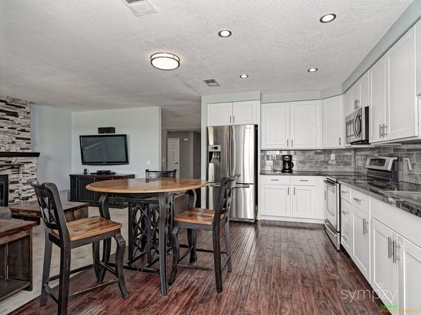 3 bed 3 bath Single Family at 15946 Camino Crisalida San Diego, CA, 92127 is for sale at 779k - 1 of 25