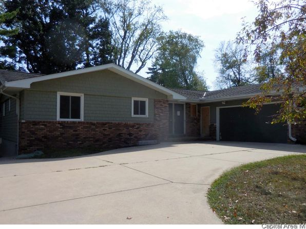 4 bed 2 bath Single Family at 2114 W Newman Pkwy Peoria, IL, 61604 is for sale at 142k - 1 of 3