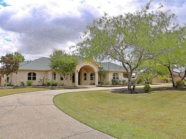 4 bed 5 bath Single Family at 7902 Corinth Dr Corpus Christi, TX, 78413 is for sale at 750k - 1 of 28