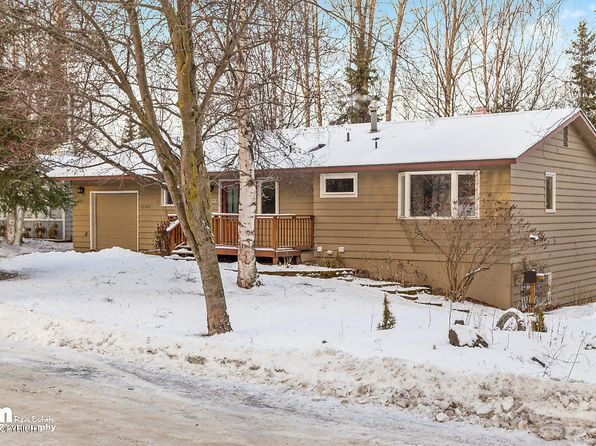 4 bed 3 bath Single Family at 1685 CRESCENT DR ANCHORAGE, AK, 99508 is for sale at 350k - 1 of 35