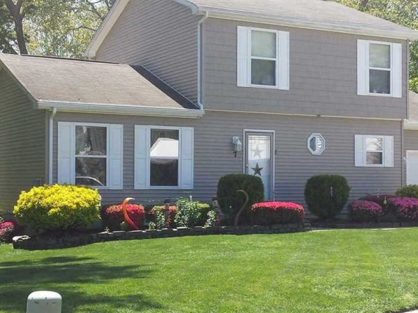 3 bed 2.5 bath Single Family at 7 Twelve Oaks Northfield, NJ, 08225 is for sale at 150k - 1 of 10