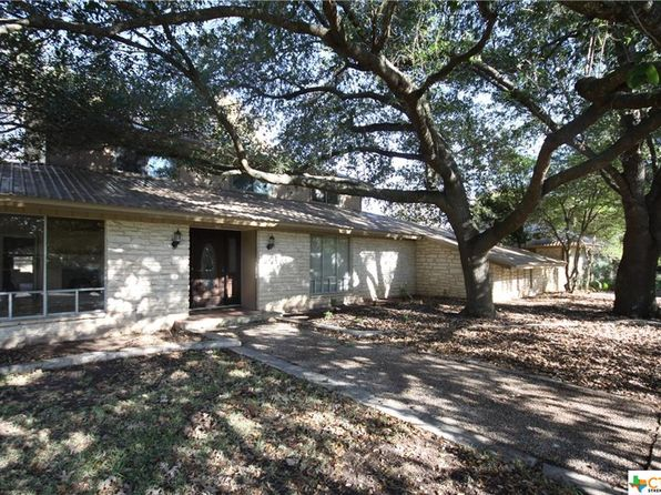 4 bed 4 bath Single Family at 1408 Mill Creek Dr Salado, TX, 76571 is for sale at 270k - 1 of 27