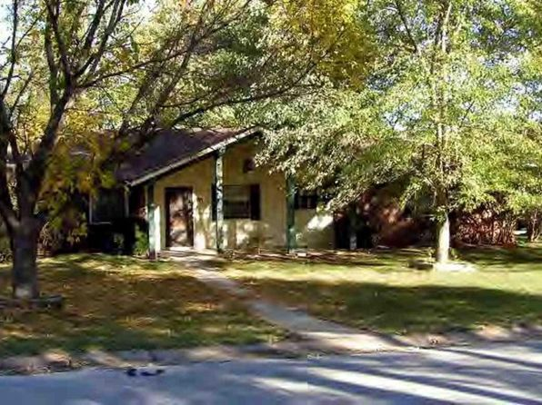 3 bed 2 bath Single Family at 111 Cardinal St Harrison, AR, 72601 is for sale at 130k - google static map