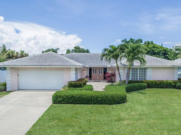 4 bed 2 bath Single Family at 1210 Gulfstream Way Riviera Beach, FL, 33404 is for sale at 559k - 1 of 28