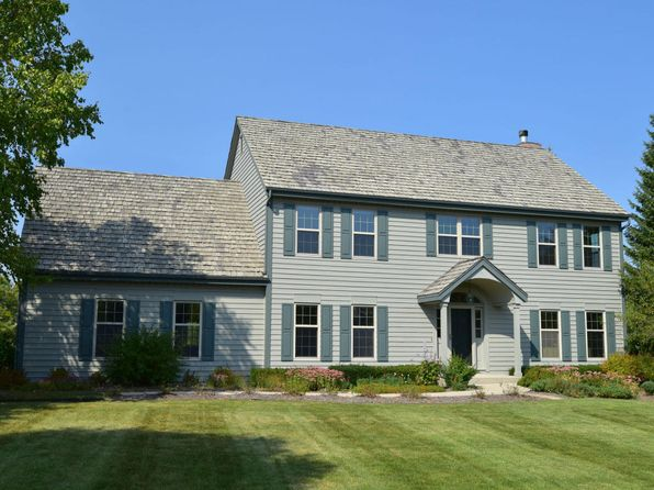 4 bed 3 bath Single Family at 4310 W Carriage Ct Mequon, WI, 53092 is for sale at 530k - 1 of 17