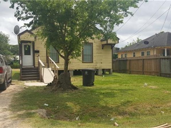 3 bed 2 bath Single Family at 1038 Caperton St Houston, TX, 77022 is for sale at 119k - 1 of 8