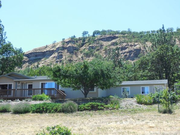 3 bed 2 bath Mobile / Manufactured at 2520 W 13th St The Dalles, OR, 97058 is for sale at 257k - 1 of 26