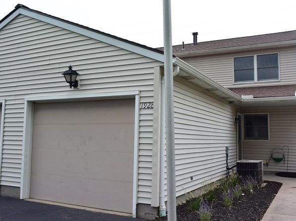 2 bed 2 bath Condo at 1928 Lillian Rd Stow, OH, 44224 is for sale at 90k - 1 of 12