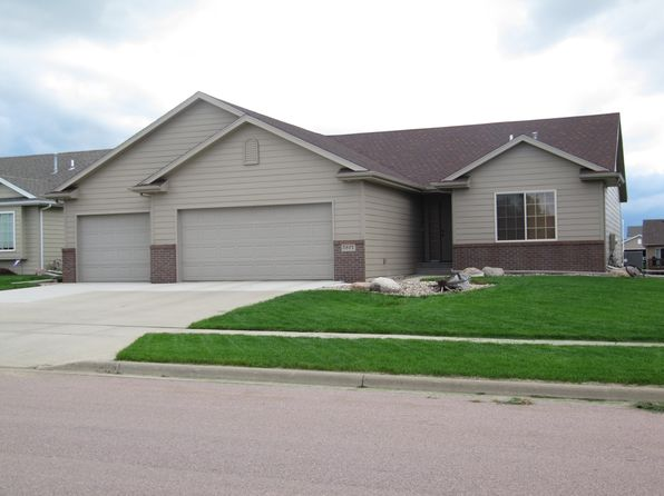 3 bed 3 bath Single Family at 5801 W Pineridge Dr Sioux Falls, SD, 57107 is for sale at 258k - 1 of 16