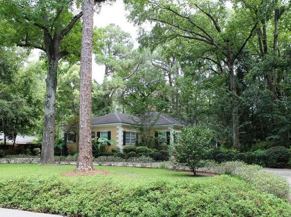 3 bed 2 bath Single Family at 7 E 65TH ST SAVANNAH, GA, 31405 is for sale at 350k - 1 of 27
