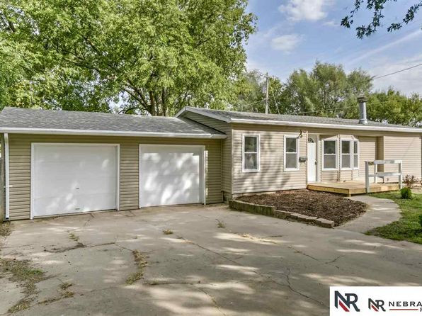 3 bed 2 bath Single Family at 505 N 15th St Ashland, NE, 68003 is for sale at 140k - 1 of 25
