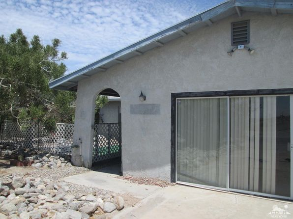 2 bed 1.5 bath Single Family at 940 Flamingo Ave Salton Sea, CA, 92274 is for sale at 57k - 1 of 14