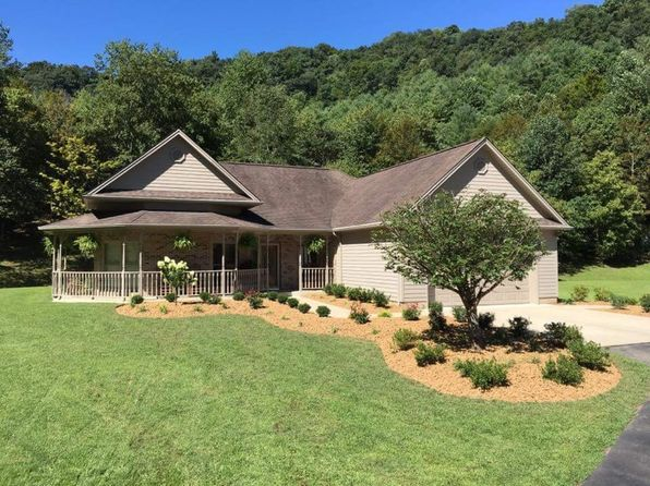2 bed 3 bath Single Family at 618 Billips Dr Pikeville, KY, 41501 is for sale at 428k - 1 of 24