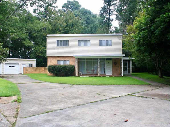 4 bed 3 bath Single Family at 4 Crestwood Dr Vicksburg, MS, 39180 is for sale at 135k - 1 of 21