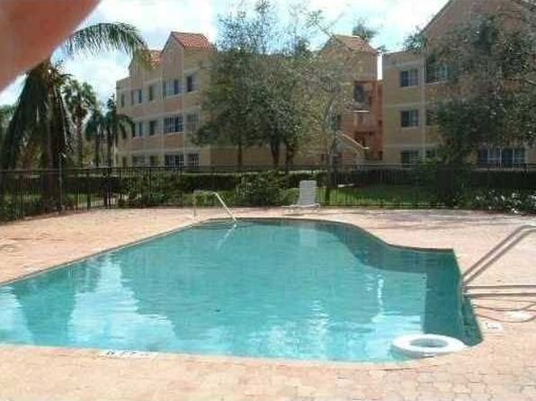 2 bed 2 bath Condo at 6135 NW 186th St Hialeah, FL, 33015 is for sale at 139k - 1 of 41