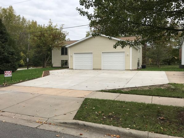 3 bed 2 bath Multi Family at 1956 Ball Ave NE Grand Rapids, MI, 49505 is for sale at 225k - 1 of 49