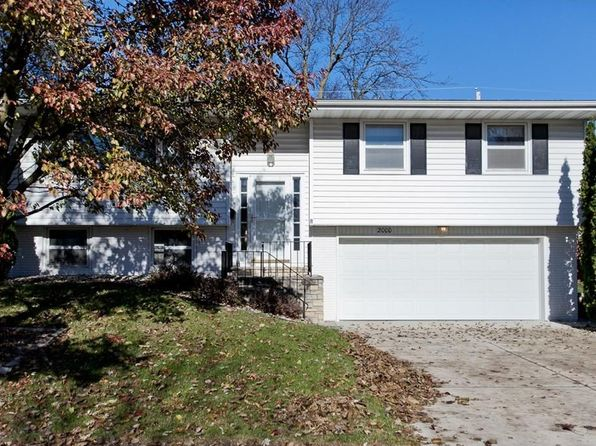 3 bed 3 bath Single Family at 2000 Grand Ave Marion, IA, 52302 is for sale at 145k - 1 of 37