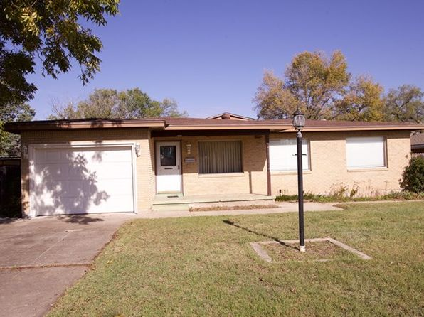 3 bed 2 bath Single Family at 1215 E 18th St Big Spring, TX, 79720 is for sale at 130k - 1 of 16