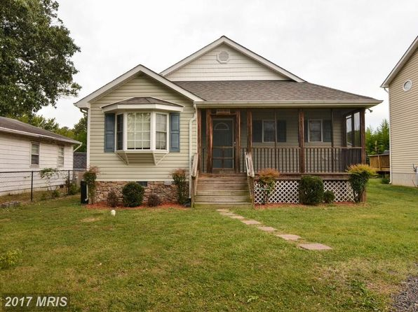 3 bed 2 bath Single Family at 115 1st St Colonial Beach, VA, 22443 is for sale at 190k - 1 of 29