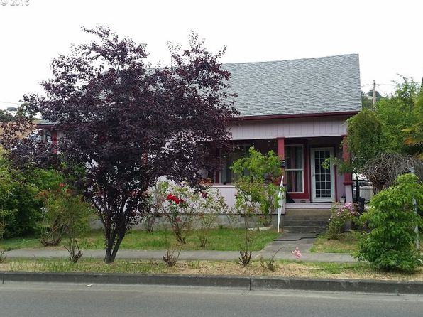 2 bed 2 bath Single Family at 1333 SE Pine St Roseburg, OR, 97470 is for sale at 100k - 1 of 13