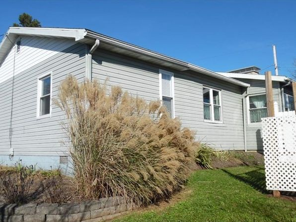 3 bed 2 bath Single Family at 411 E Spring St Marietta, OH, 45750 is for sale at 125k - 1 of 19